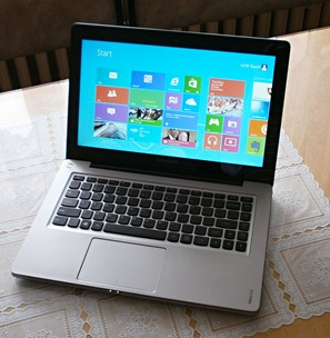 IdeaPad U310 Touch: Dotknite sa Windows 8