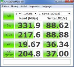 CrystalDiskMark-25255B3-25255D