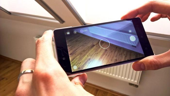 """Vibe Shot: tak si Lenovo představuje dual SIM """"fotomobil"""" (aktualizováno)"""