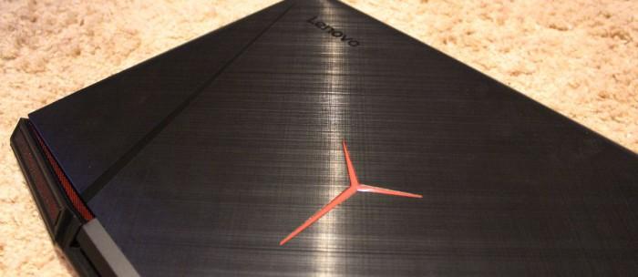Y900: Herní notebook – oxymóron?