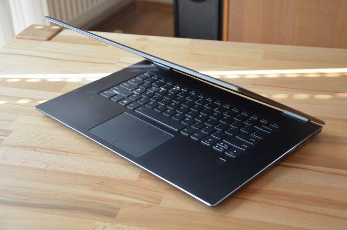 """Lenovo Yoga 720 15"""" – štíhlý elegán s dedikovanou grafikou"""