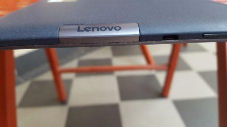 Kryt SD karty, micro USB
