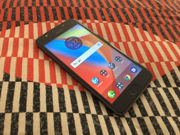 Motorola Moto E4: první pohled