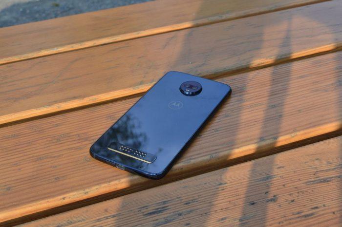 Moto-Z3-Play-foto-12