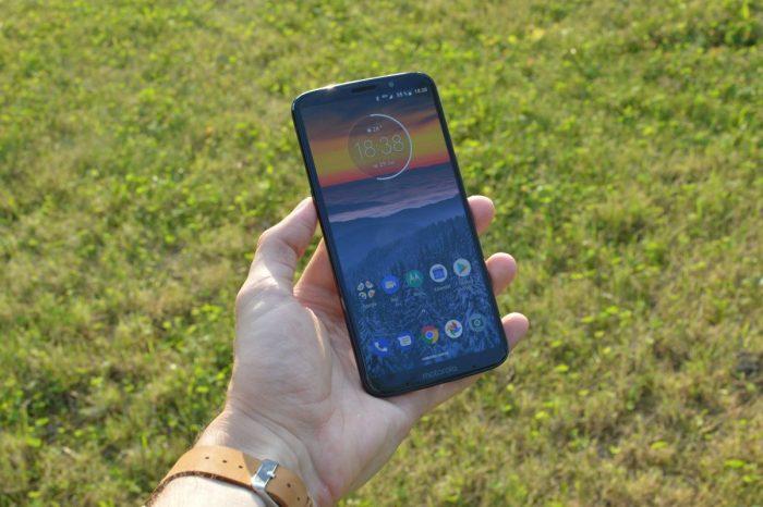 Motorola Moto Z3 Play: návrat žiletky (recenze)