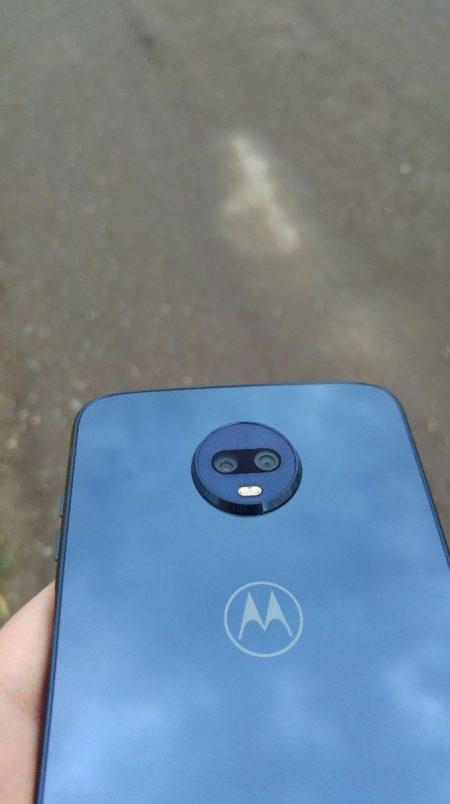 Motorola Z3-Play foto-2