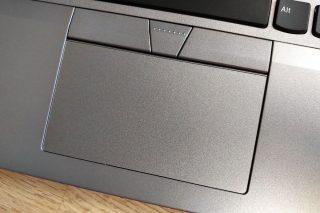 ThinkPad-L380-trackpad