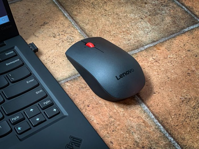 Lenovo Professional Wireless Laser Mouse (recenze)