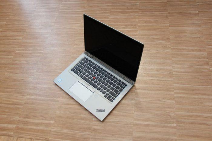 Lenovo ThinkPad X390 Yoga (První pohled)