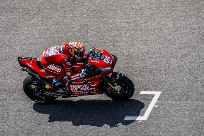 27 milisekund mezi výhrou a prohrou – MotoGP