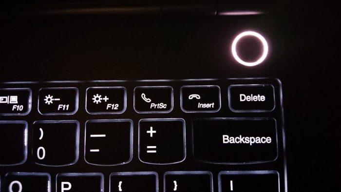 Detail na klávesy