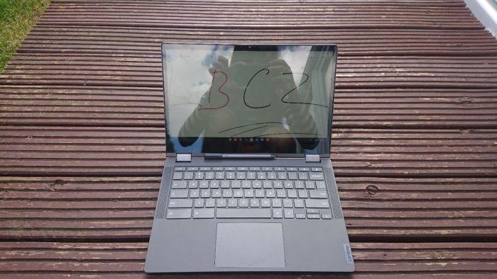 ChromeBook-celek